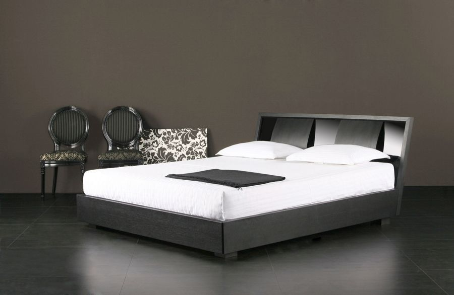 Trevi Queen Bed, Bedroom Furniture :  trevi queen bed bedroom